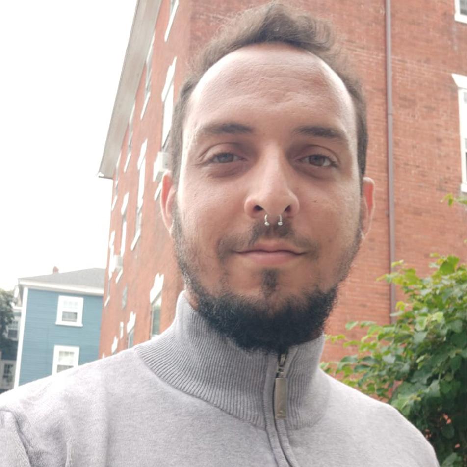 André Bueno